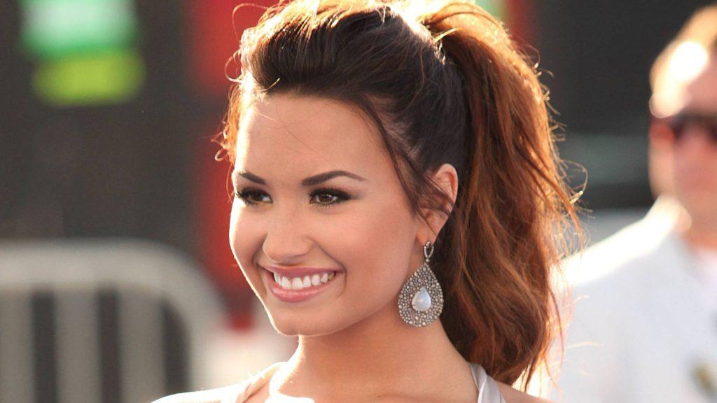 Demi Lovato Full HD Wallpaper
