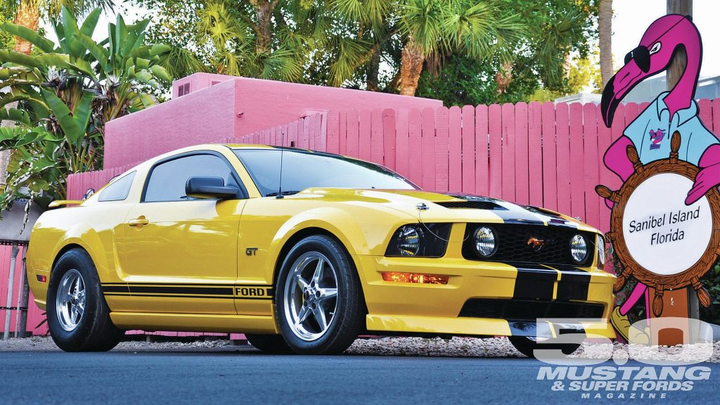 Ford Mustang GT Full HD Wallpaper