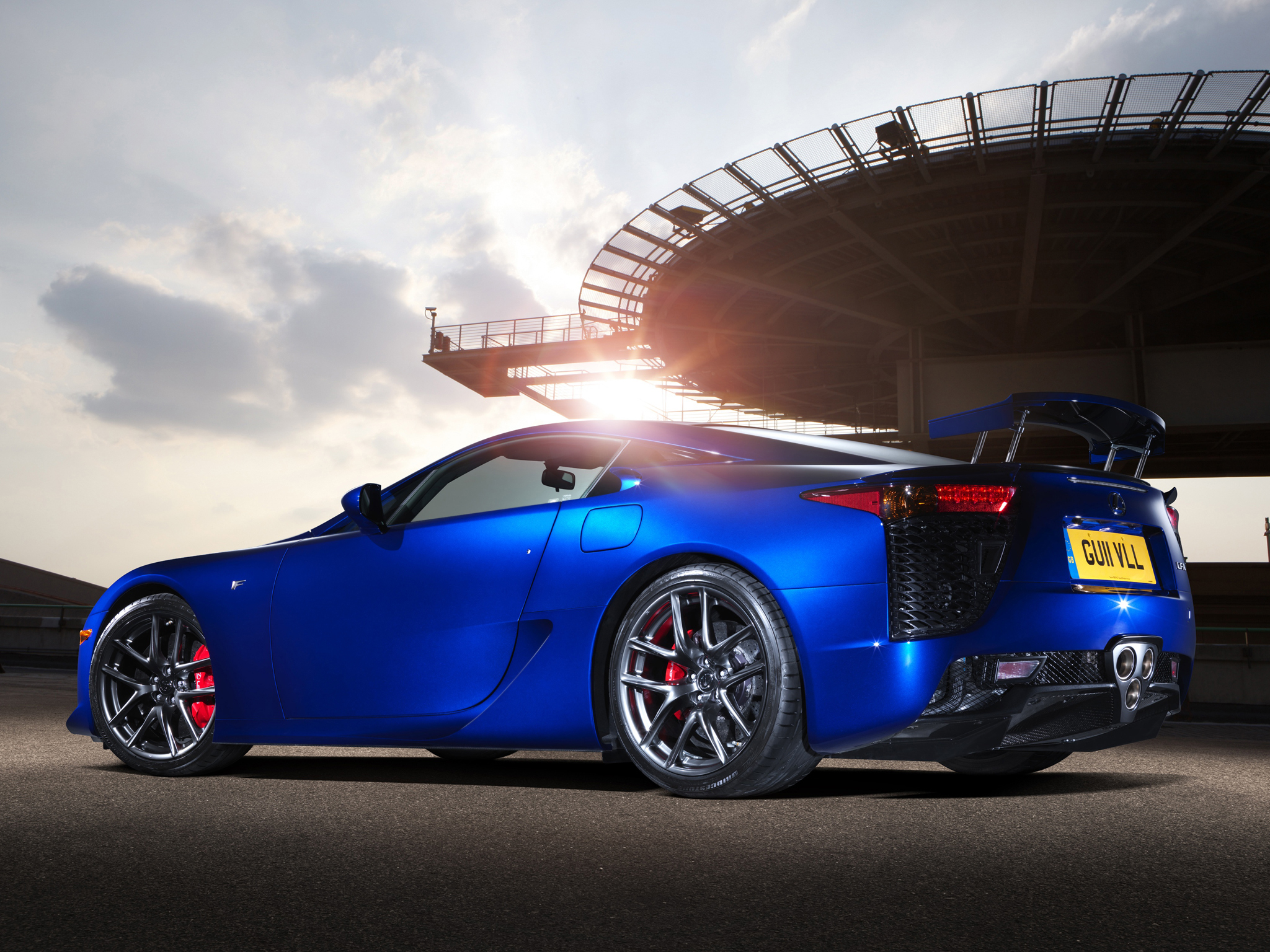 Lexus lfa wallpapers pictures images for Wallpaper sale uk