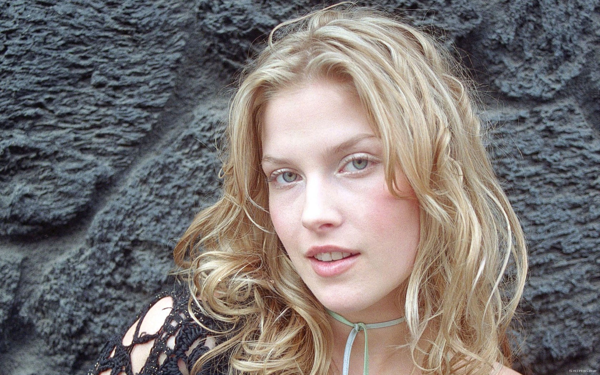 Ali larter wallpapers pictures images ali larter widescreen wallpaper thecheapjerseys Images
