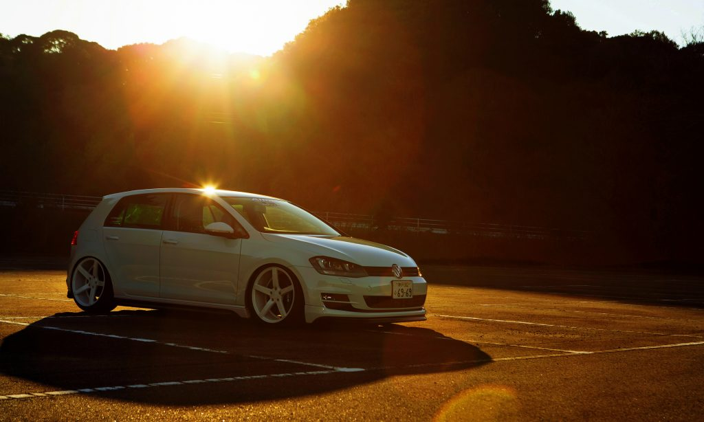 Volkswagen Golf Wallpaper 2300x1380