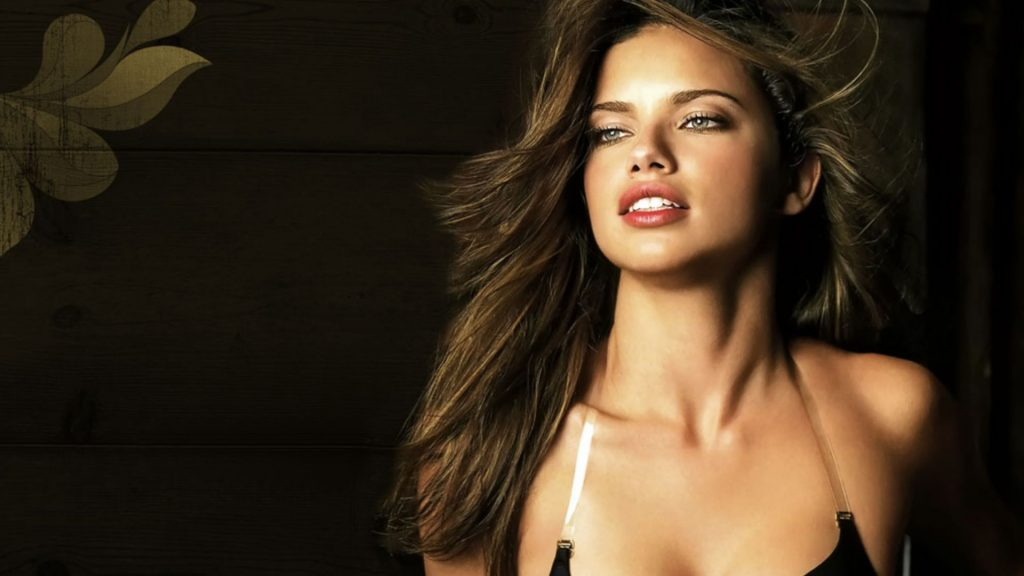 Adriana Lima Full HD Wallpaper