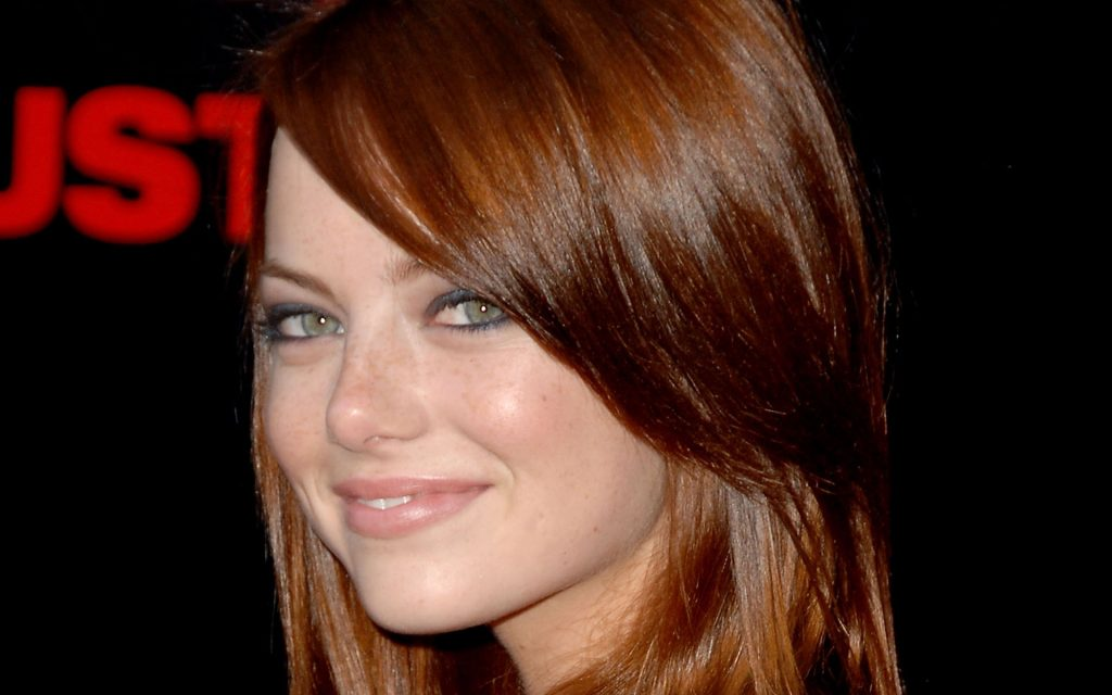 Emma Stone HD Widescreen Background