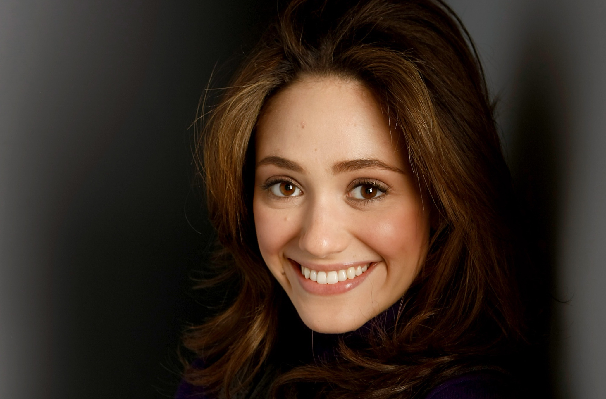 Emmy Rossum Wallpapers, Pictures, Images Emmy Rossum Wallpaper