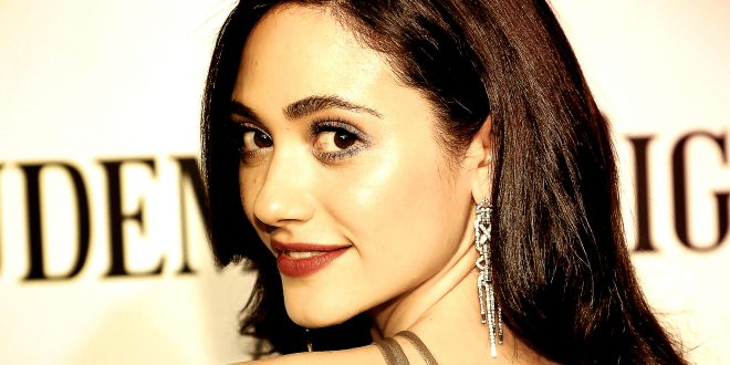 Emmy Rossum Wallpapers