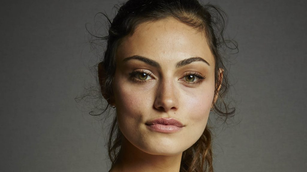 Phoebe Tonkin Full HD Wallpaper