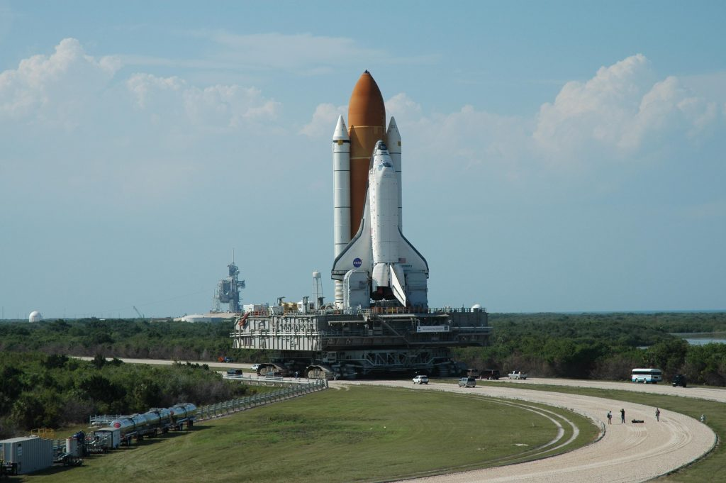 Space Shuttle Discovery Wallpaper