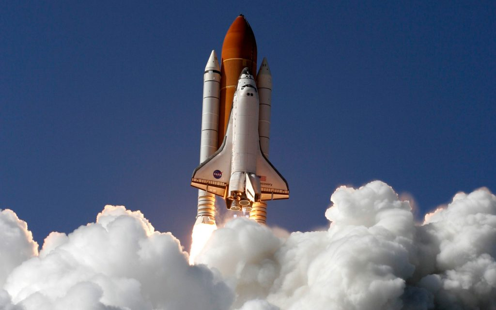 Space Shuttle Discovery Widescreen Wallpaper