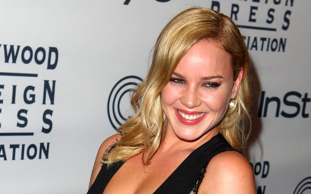 Abbie Cornish Widescreen Wallpaper