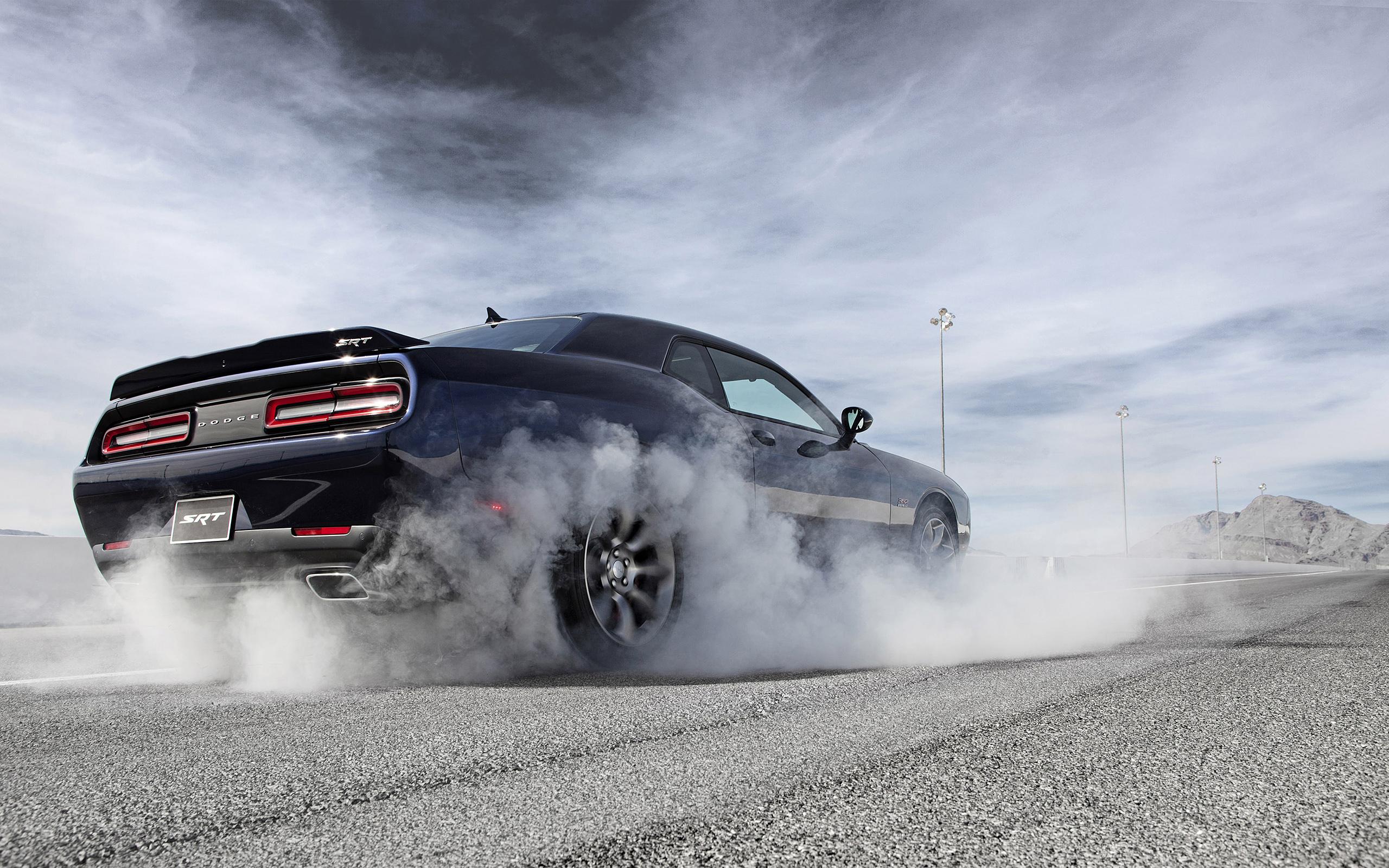 Dodge Challenger Srt Wallpapers Pictures Images