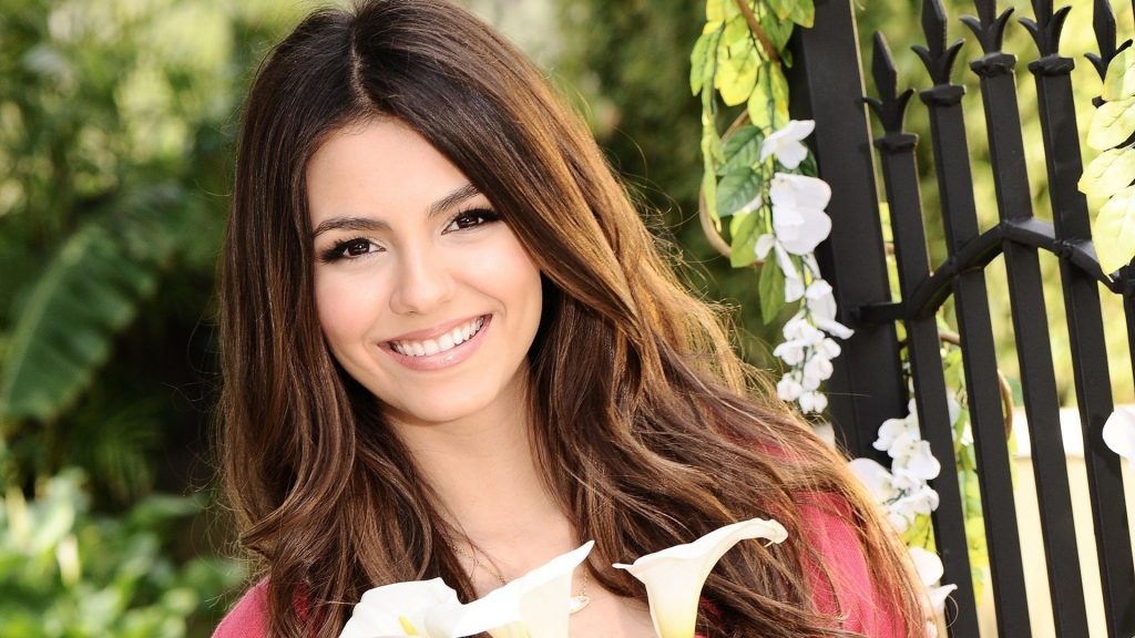 Victoria Justice Full HD Background