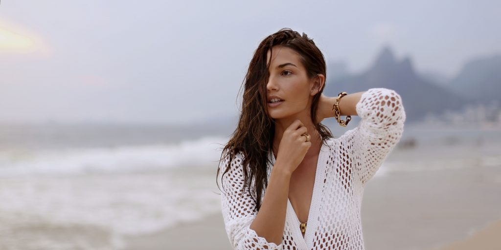 Lily Aldridge Wallpaper