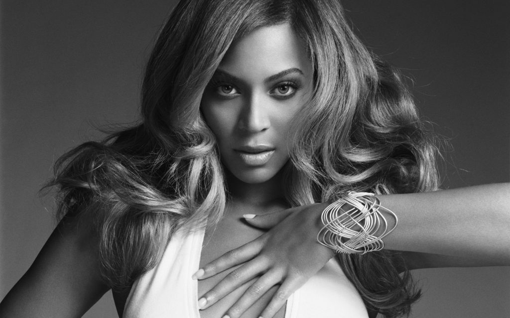 Beyoncé Widescreen Wallpaper