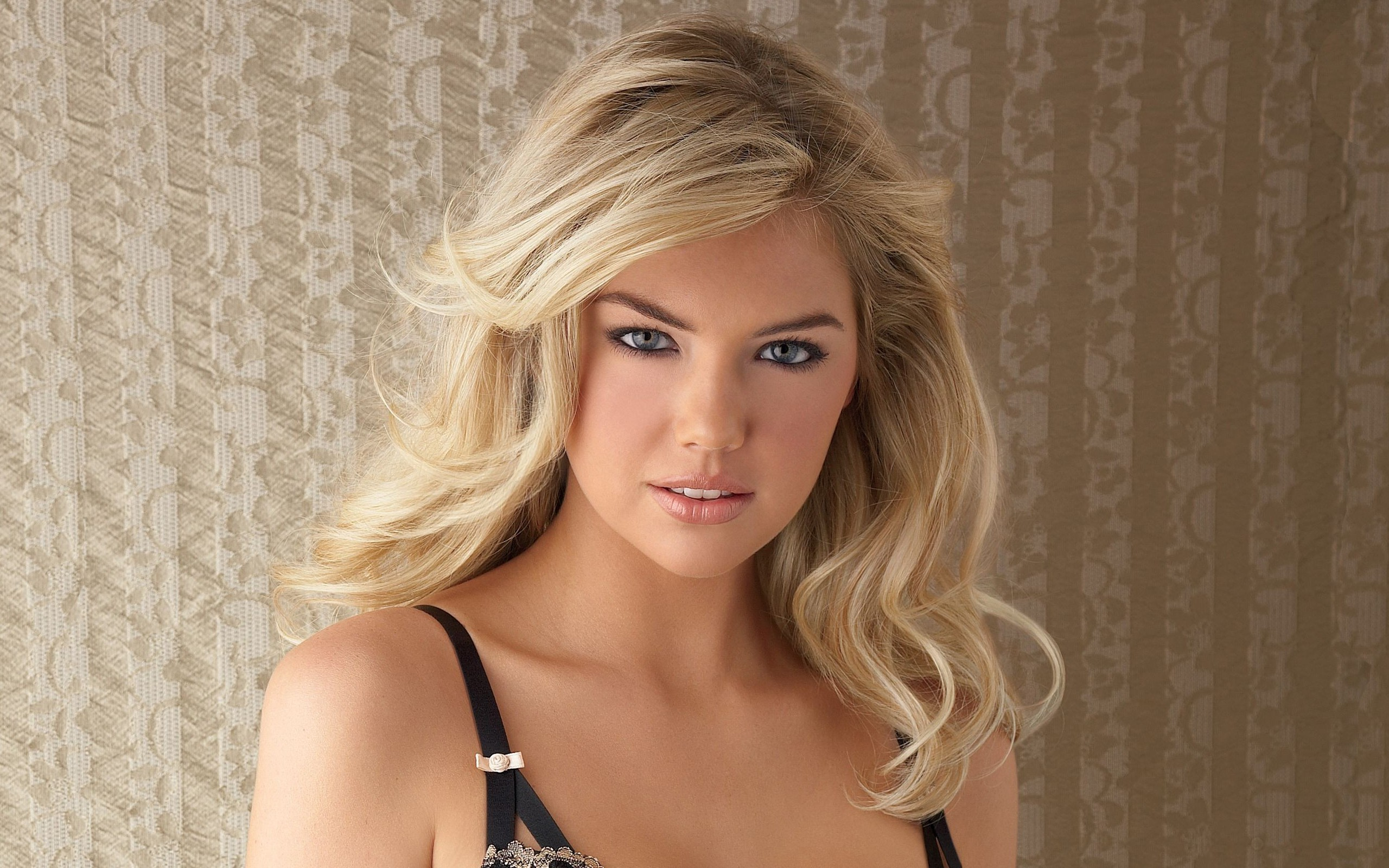 Kate Upton Backgrounds Pictures Images