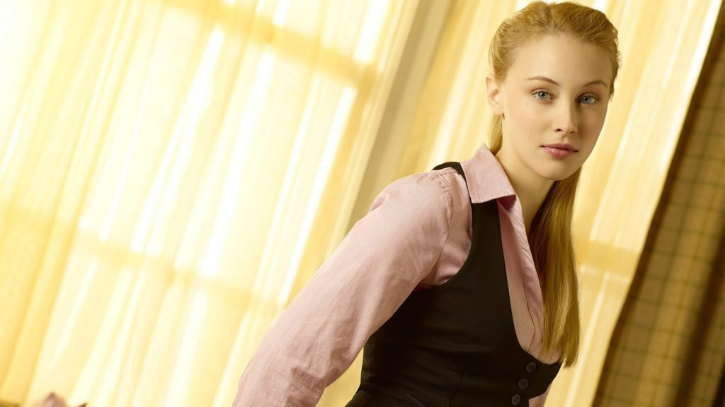 Sarah Gadon Full HD Wallpaper