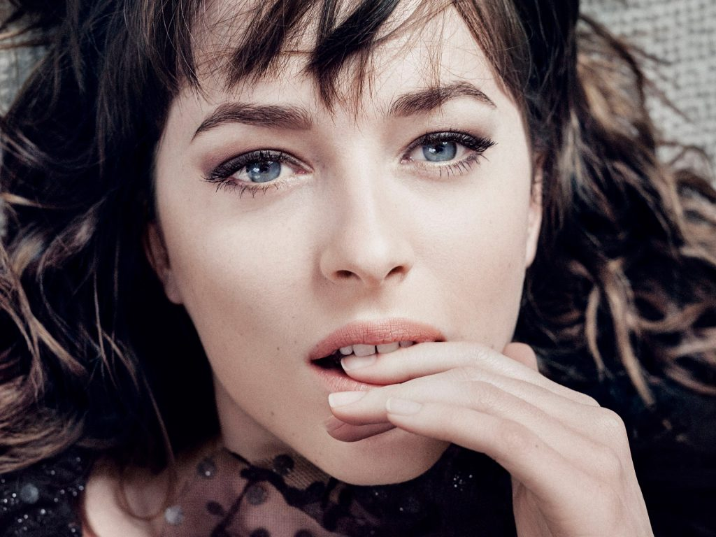 Dakota Johnson Wallpaper