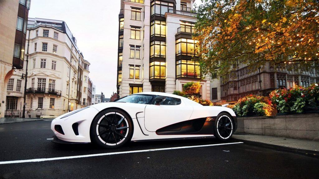Koenigsegg Agera Full HD Wallpaper