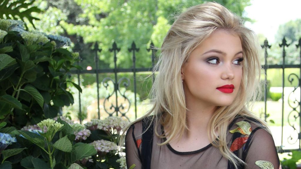 Olivia Holt Full HD Wallpaper