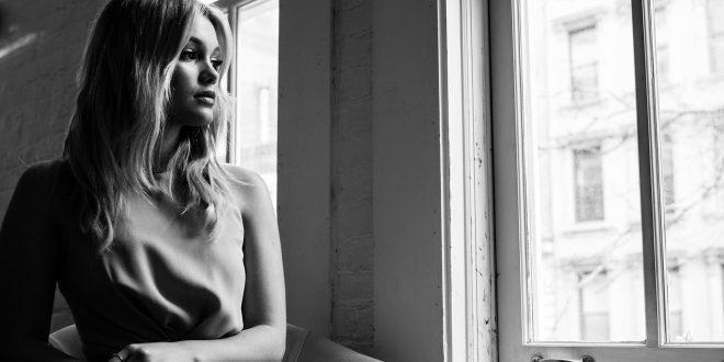 Olivia Holt Wallpapers