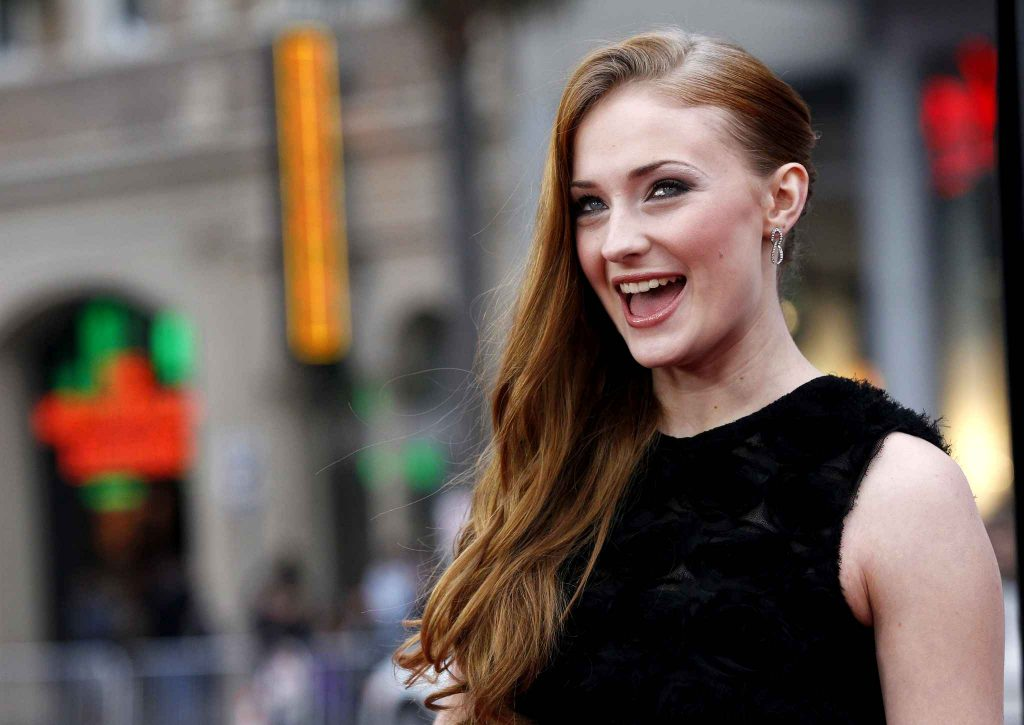 Sophie Turner Wallpaper