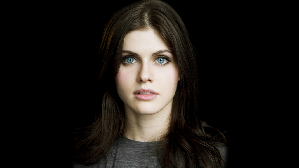Alexandra Daddario Background