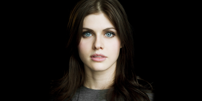 Alexandra Daddario Backgrounds