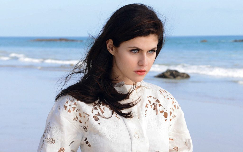 Alexandra Daddario Widescreen Wallpaper