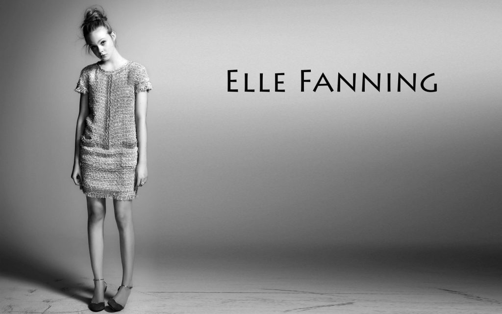 Elle Fanning Widescreen Background