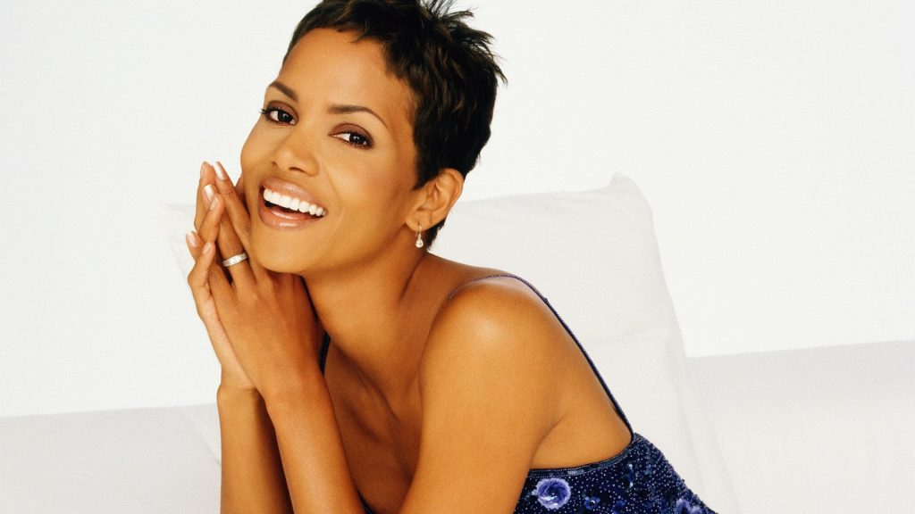 Halle Berry Full HD Wallpaper