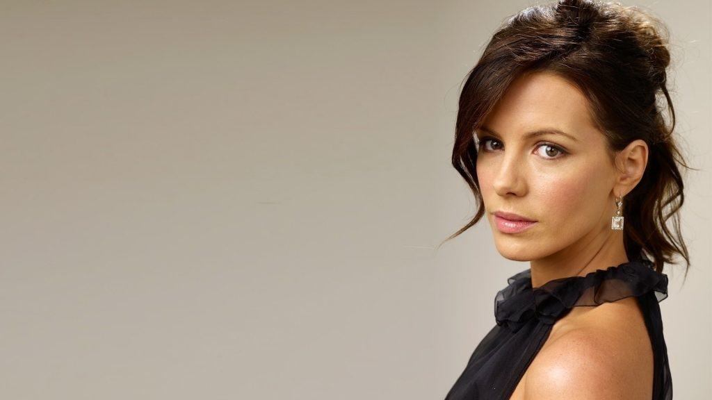 Kate Beckinsale Full HD Wallpaper