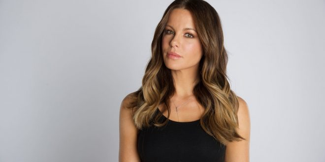 Kate Beckinsale Wallpapers Pictures Images