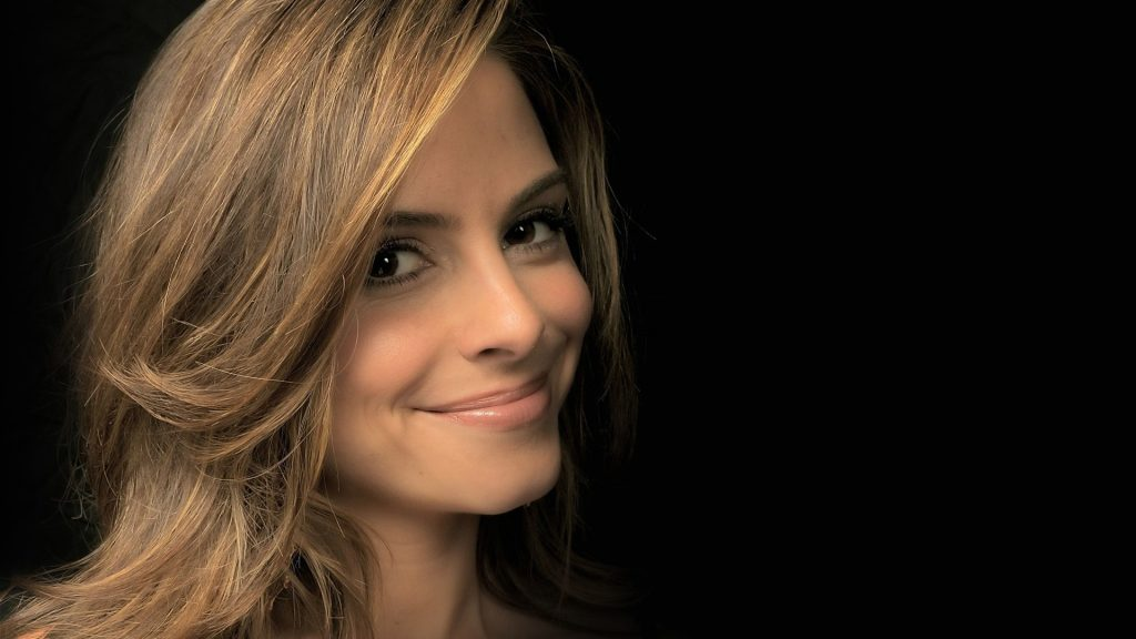 Maria Menounos Full HD Wallpaper