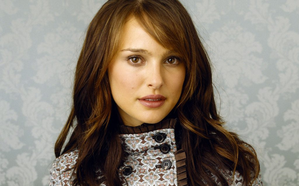Natalie Portman Widescreen Background