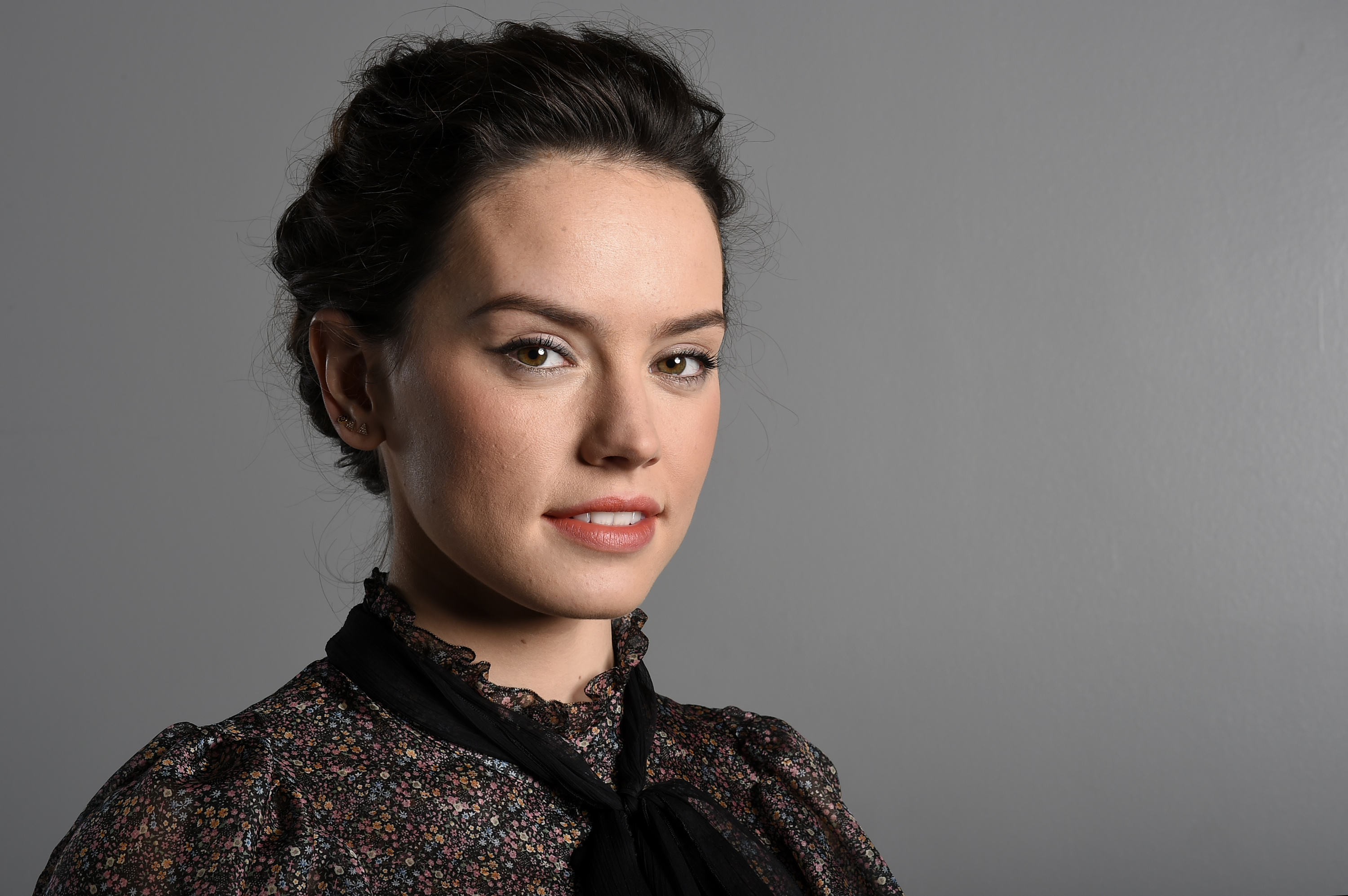 Daisy Ridley Wallpapers Pictures Images