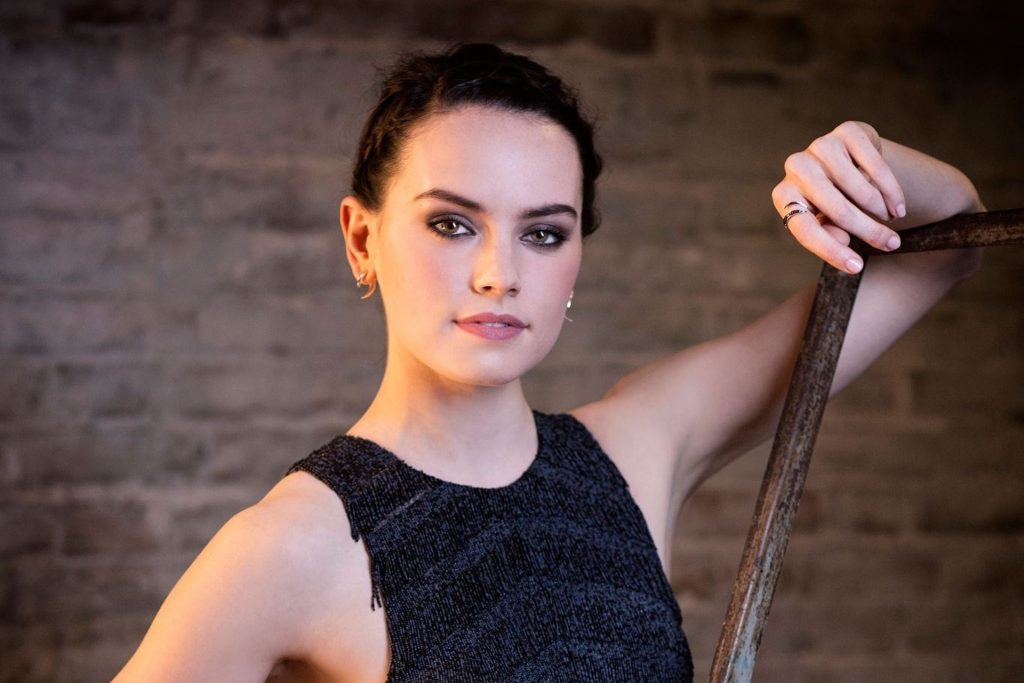Daisy Ridley Wallpaper
