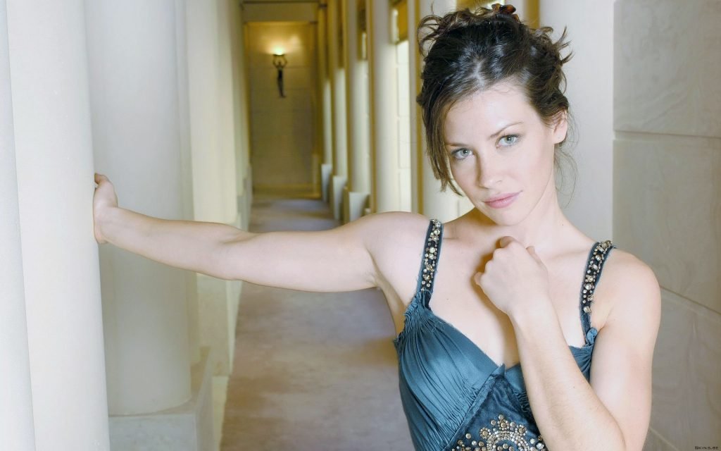 Evangeline Lilly Widescreen Wallpaper