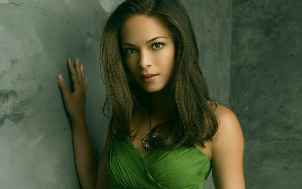 Kristin Kreuk HD Wallpaper