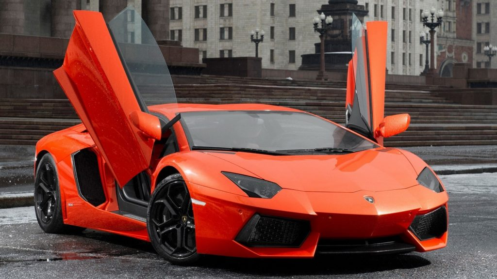Lamborghini Aventador LP 700-4 Full HD Wallpaper