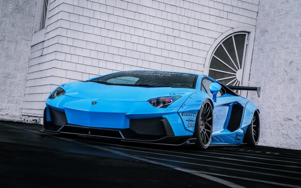 Lamborghini Aventador LP 700-4 4K Ultra HD Wallpaper