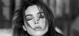 Monica Bellucci Backgrounds