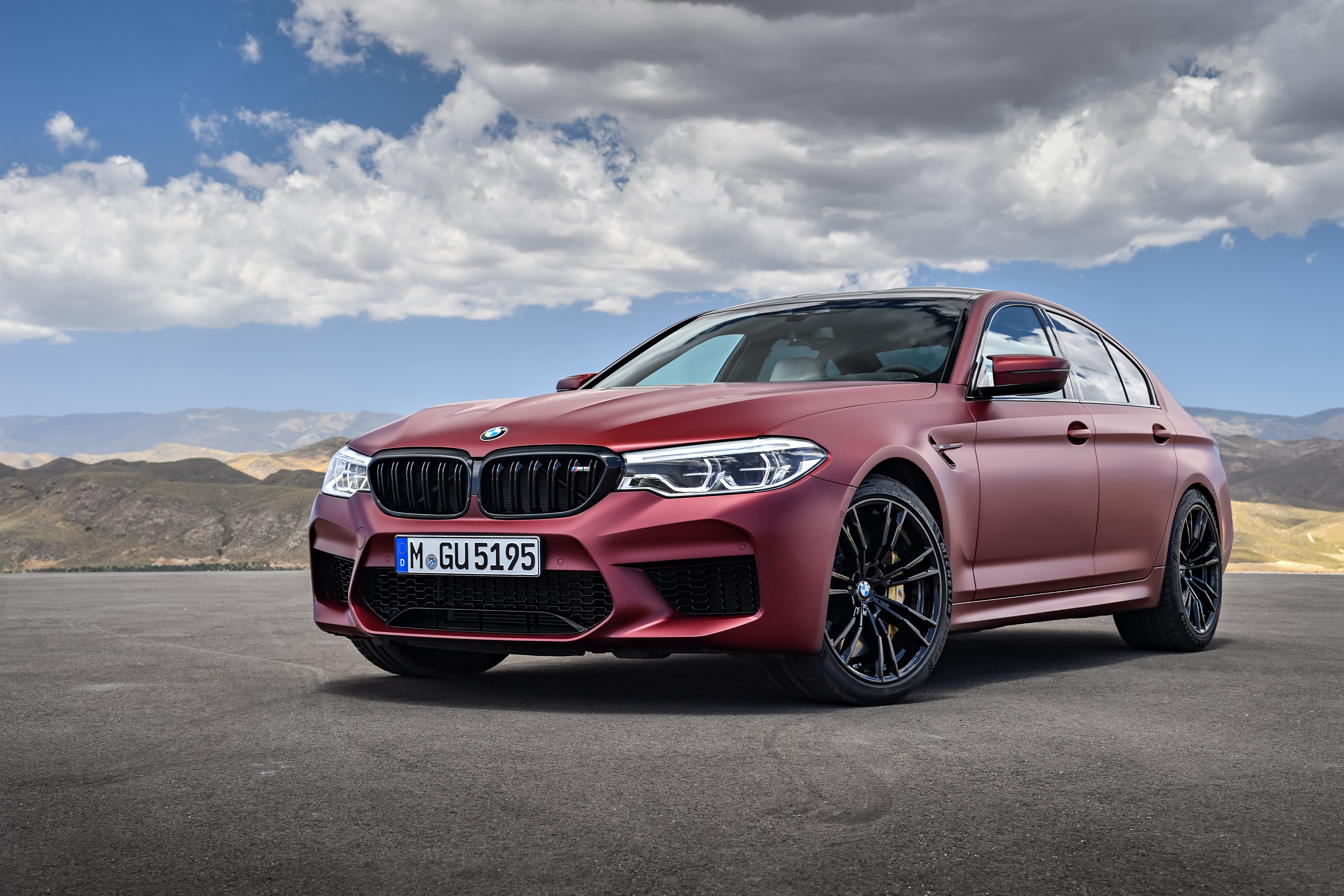 BMW M5 Wallpapers, Pictures, Images