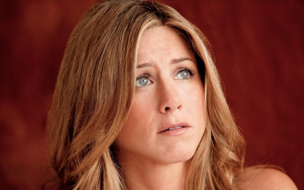 Jennifer Aniston Widescreen Background