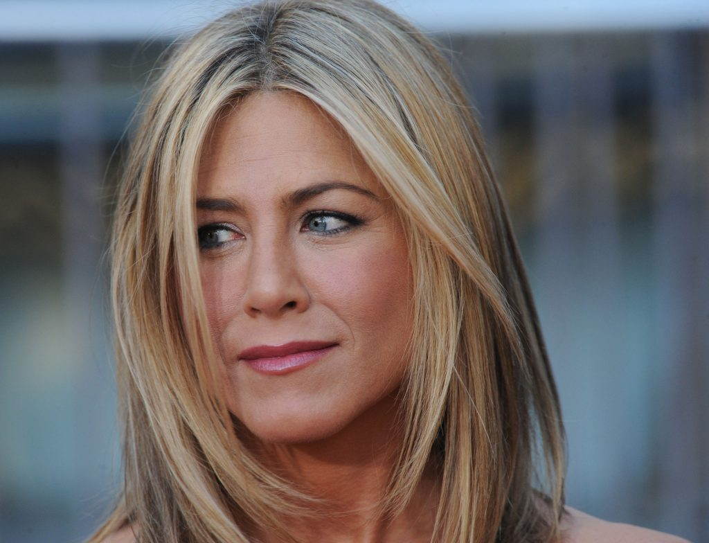 Jennifer Aniston Background