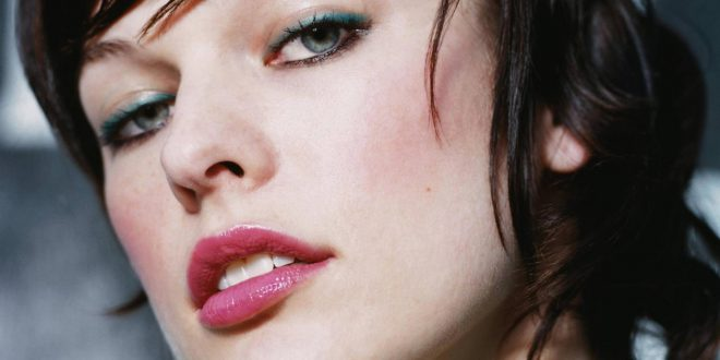 Milla Jovovich Backgrounds