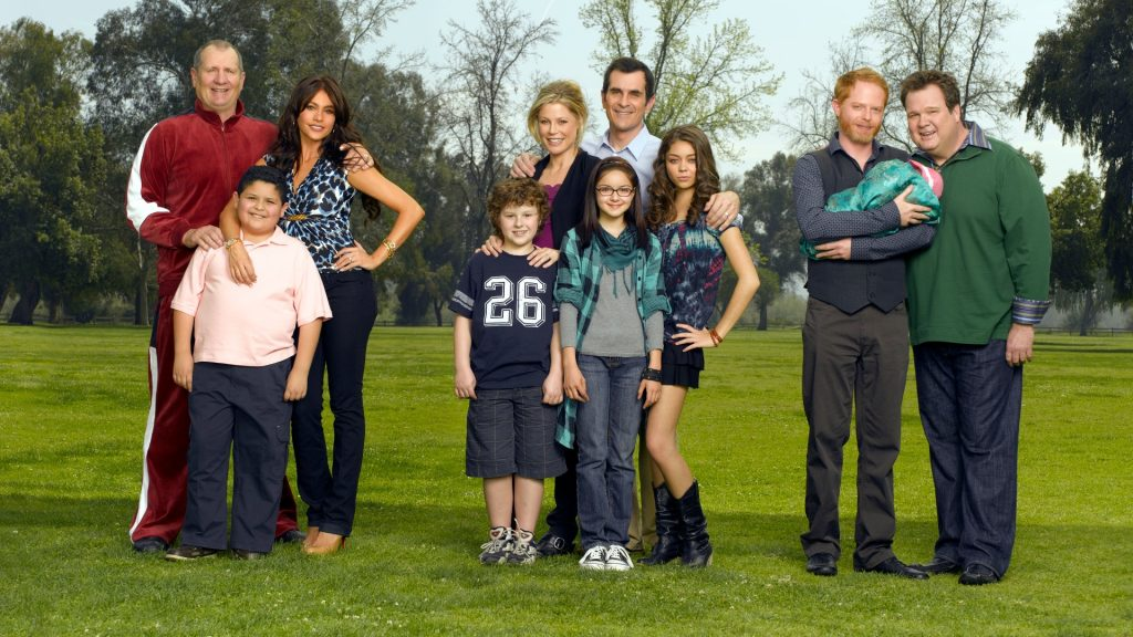 Modern Family Full HD Wallpaper
