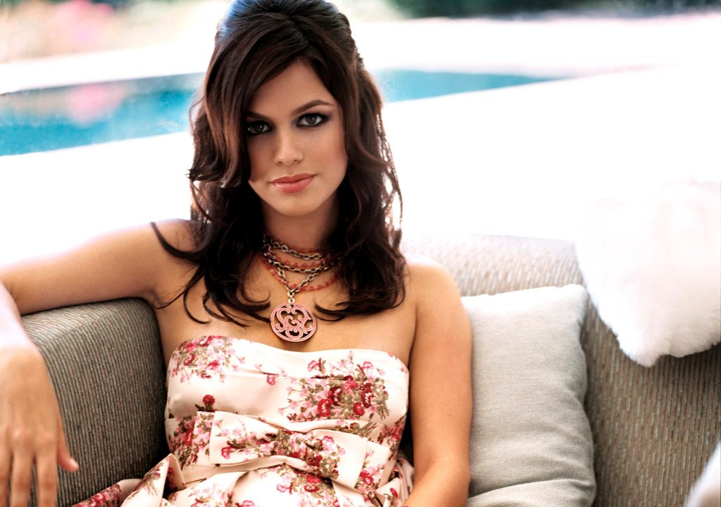 Rachel Bilson Background