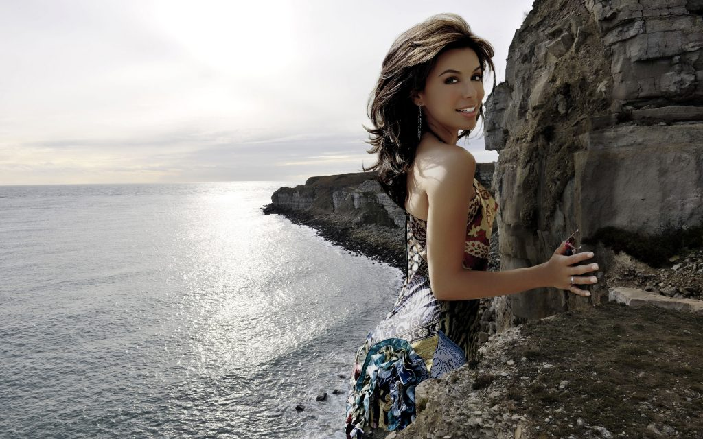 Eva Longoria Widescreen Background