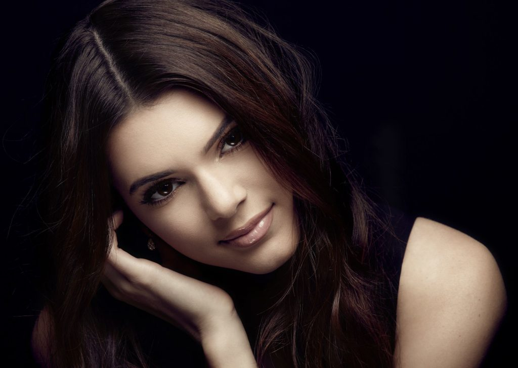 Kendall Jenner Background