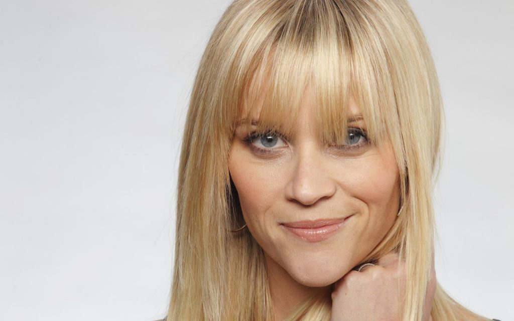 Reese Witherspoon Widescreen Background