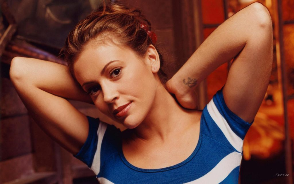 Alyssa Milano Widescreen Background